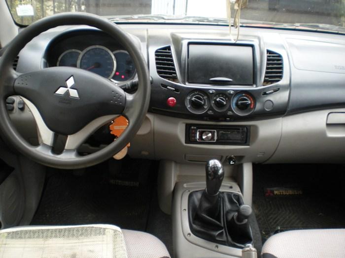Mitsubishi Katana L200 año 2010