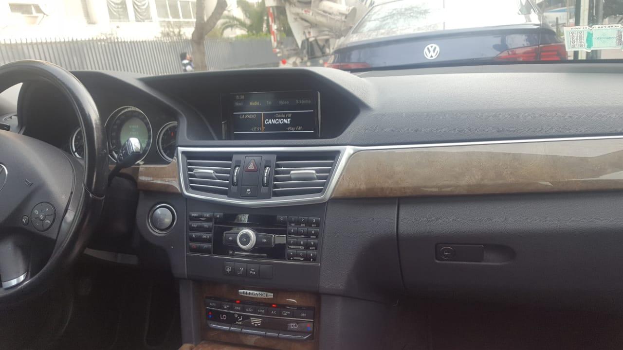 Mercedes-Benz E500  año 2011