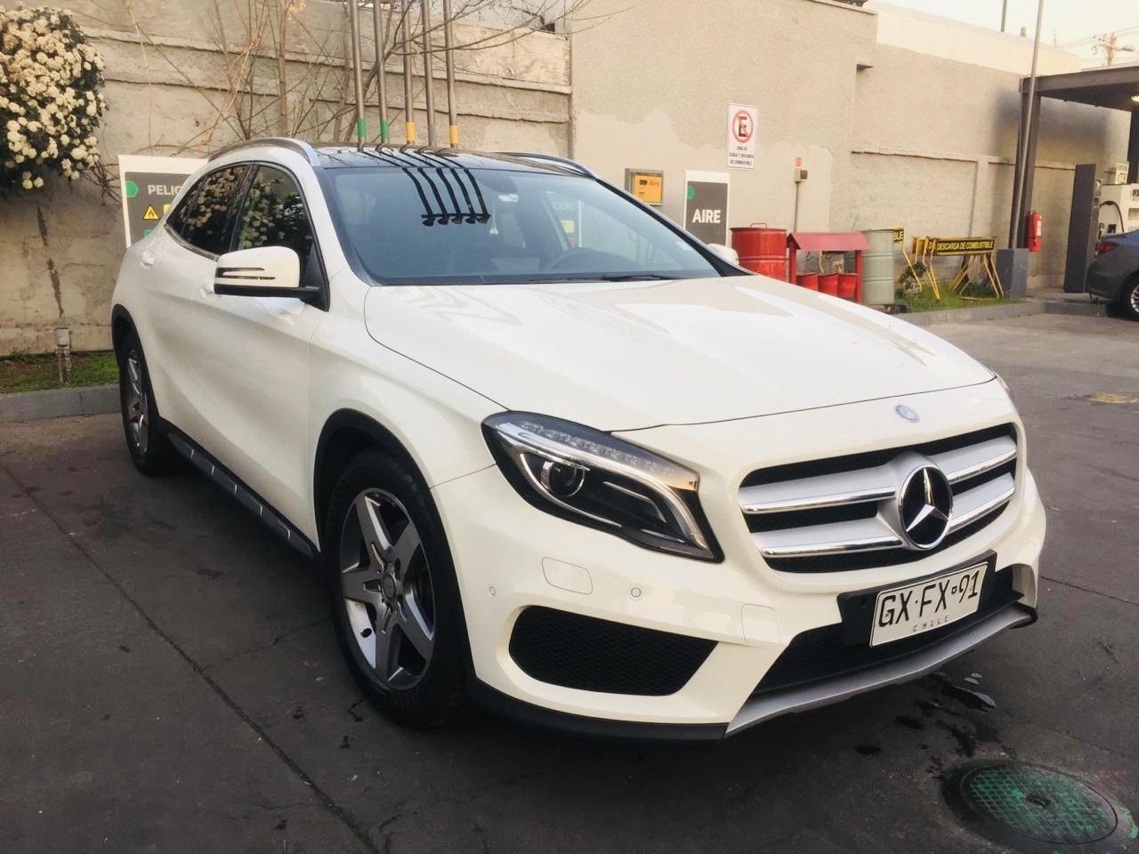 Mercedes-Benz GLA220 diesel año 2015