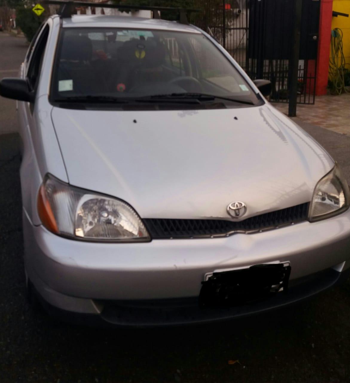 Toyota Yaris eco. año 2002